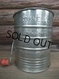 Vintage Hand-I-Sift Flour Sifter / Silver (AC-1172)