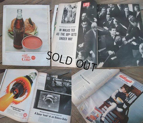画像2: 60s Vintage LIFE Magazine / Jan 15,1965 (NK-452)