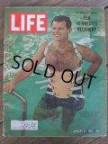 60s Vintage LIFE Magazine / Jan 15,1965 (NK-452)