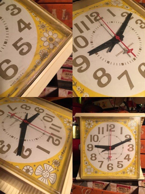 画像2: Vintage GE Kitchen Wall Clock Flower (MA443)