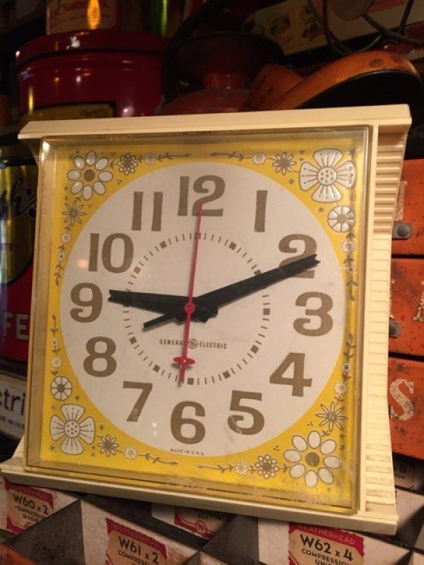 画像1: Vintage GE Kitchen Wall Clock Flower (MA443)