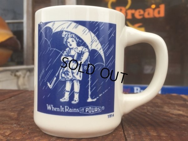 画像1: Vintge Morton Salt 10s Umbrella Girl Mug (MA807)