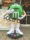 M&M'S STORE DISPLAY GREEN (MA998)