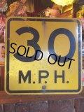 Vintage Road Sign 30 MPH (AL068)