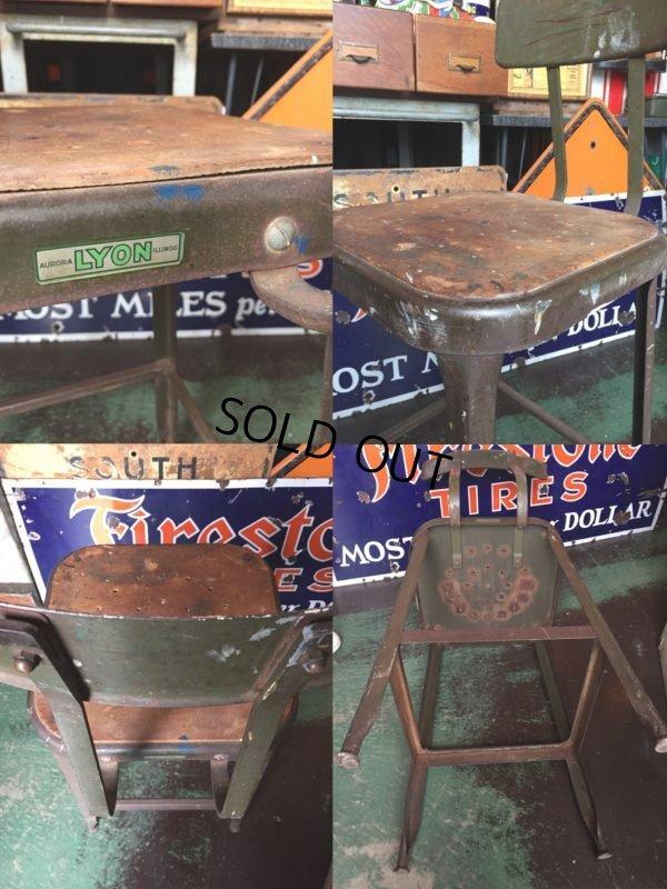 画像3: Vintage Lyon Industrial Stool Chair (AL9018)