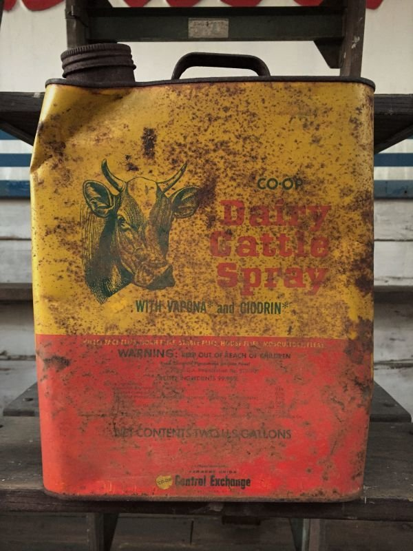 画像2: Vintage Dairy Cattle Spray U.S. Two Gallon (J132)