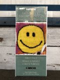 Vintage Latch Hook Kit Smiley Happy Face (J270)