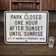 画像1: Vintage Road Sign PARK CLOSED (J332)   (1)