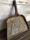 画像3: Vintage WHITE Industrial Metal Dust Pan (J394)