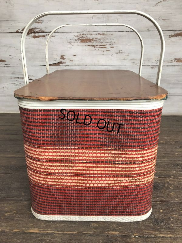 画像2: Vintage Wicker Picnic Basket Red (J441)