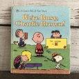 画像1: Vintage Book Snoopy We're Busy, Charlie Brown (S135) (1)