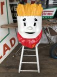 画像1: Vintage Mcdonald's French Fry Statue Playland Childs Chair (S338) (1)