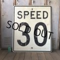 Vintage Road Sign SPEED 30 (S393)