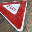 画像6: Vintage Road Sign YIELD (T223)