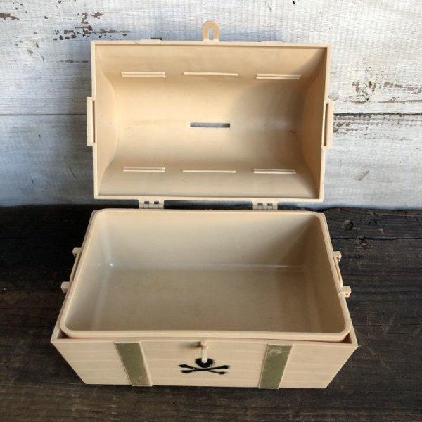 画像2: 70s Vintage Cap'n Crunch Treasure box (T317)
