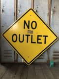 Vintage Road Sign NO OUTLET (T621)