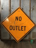 Vintage Road Sign NO OUTLET (T647)