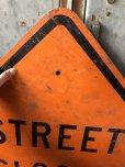 画像2: Vintage Road Sign STREET CLOSED (T645) (2)