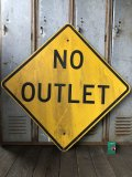 Vintage Road Sign NO OUTLET (T642)