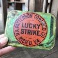 画像1: Vintage Lucky Strike Cigarette Tabacco Tin Can (B059) (1)