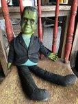 画像1: 60s Vintage Mattel The Munsters TV Show Herman Tanking Doll (B217)  (1)