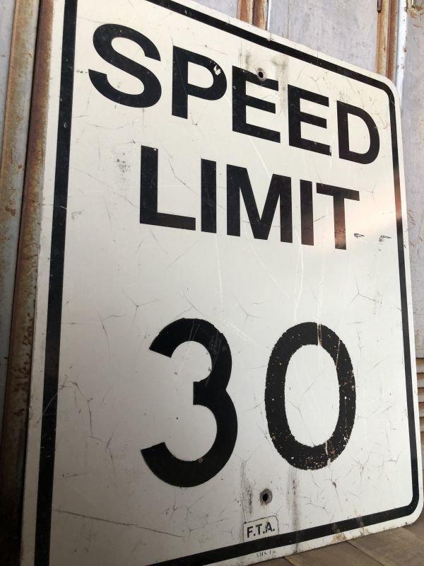 画像2: Vintage Road Sign SPEED LIMIT 30 (B315)