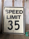 Vintage Road Sign SPEED LIMIT 35 (B321)
