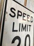 画像2: Vintage Road Sign SPEED LIMIT 20 (B293)  (2)