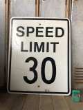 Vintage Road Sign SPEED LIMIT 30 (B320)