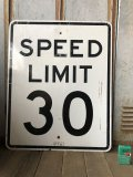 Vintage Road Sign SPEED LIMIT 30 (B318)