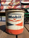Vintage Mobil 5GL Motor Gas/Oil Can (B453)