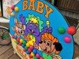 画像13: 90s ShowBiz Pizza Place BABY BALL BATH GAME Original Store Display (B486)