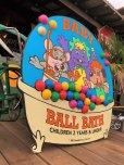 画像6: 90s ShowBiz Pizza Place BABY BALL BATH GAME Original Store Display (B486)