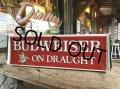 Vintage BUDWEISER ON DRAUGHT Lighted Sign (B827)