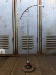 画像2: Vintage Metal Hanger Shirt Stand (B829) (2)