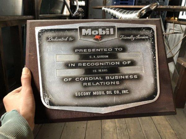 画像1: Vintage Mobil Gas Service Station Sales Award Plaque (B825)