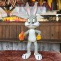 70s Vintage R.Dakin WB Bugs Bunny PVC Figure (B535)