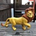 Vintage Disney The Lion King Simba PVC Figure (B988)